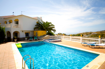 Swimming Pool Services Moraira